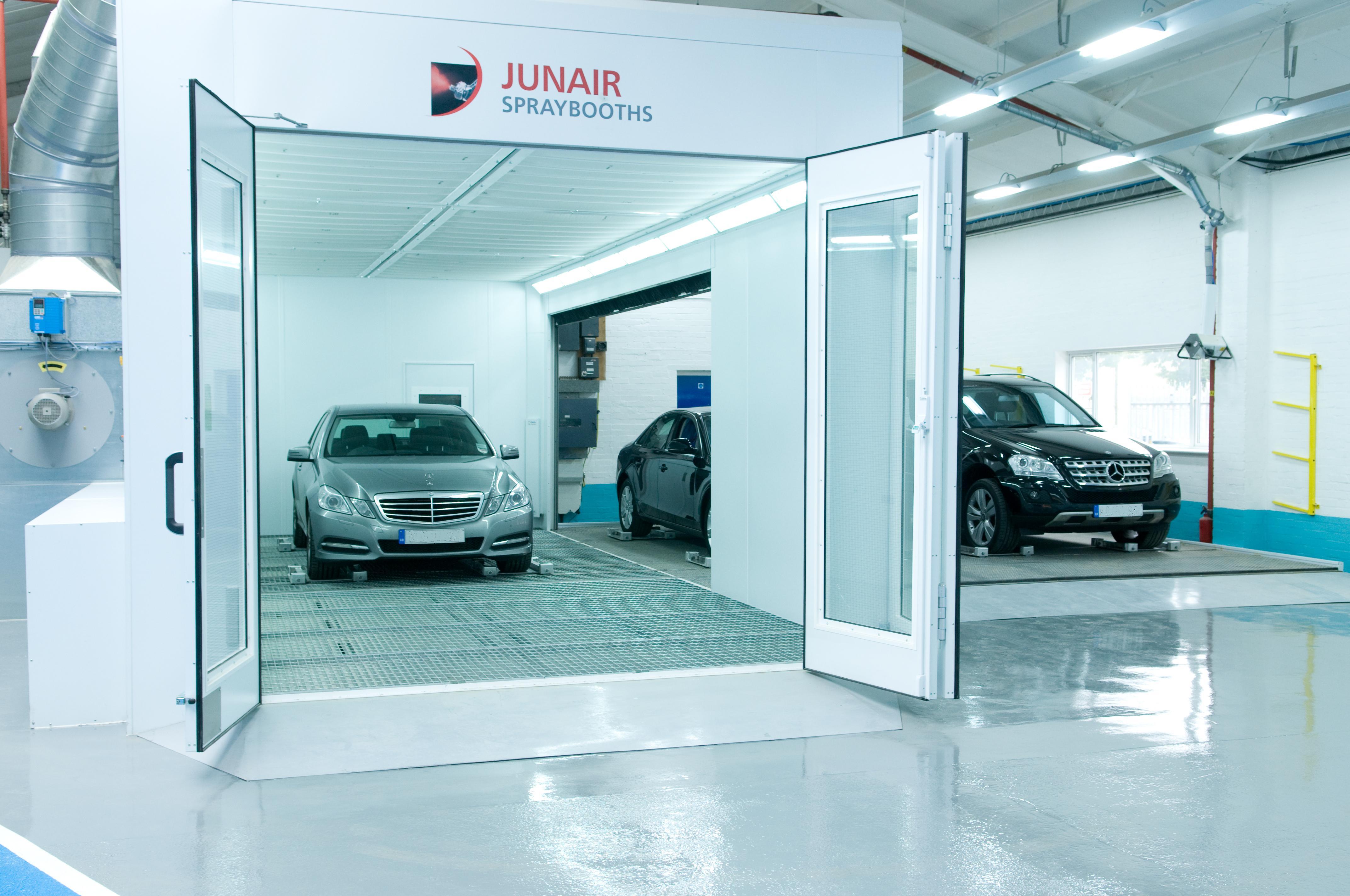 Junair Spraybooths Excavation Floor Extraction Spray Booth