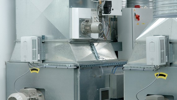 Variable Airflow Technology with your Junair Spraybooth