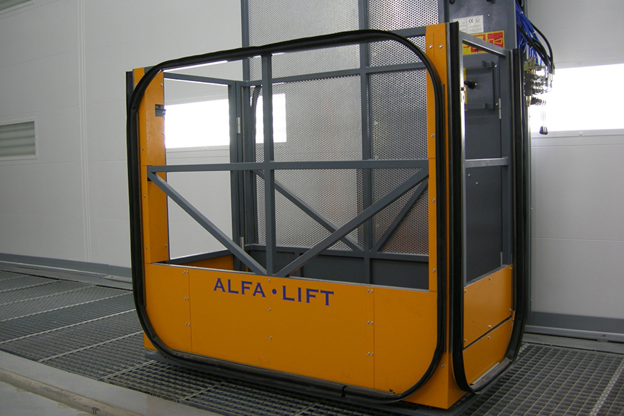 cv access platforms for commercial spray booths