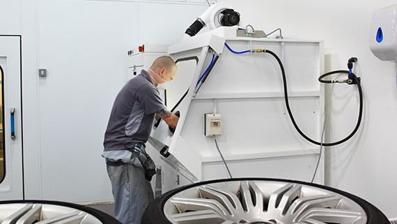 Alloy Wheel Repair Equipment Prep And Painting Refurbishment